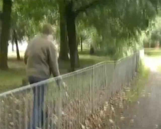 Graham Dunning - Long Railing (still)